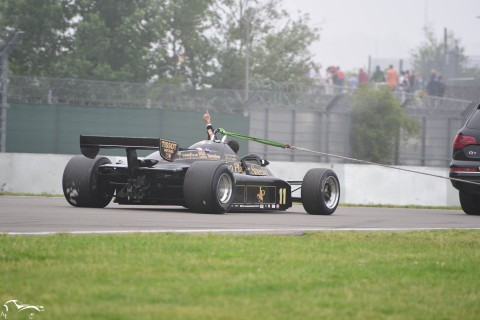 AVD Lotus 91/5 n°11 of Gregory Thornton leaving the track