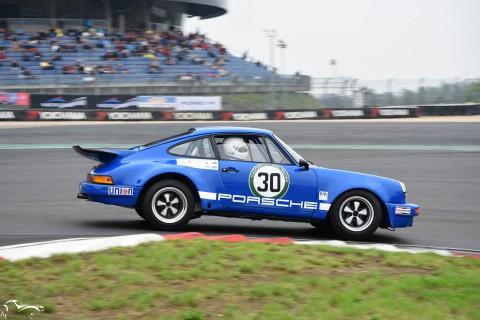 AVD Porsche 911 RSR n°30 of Bruce White
