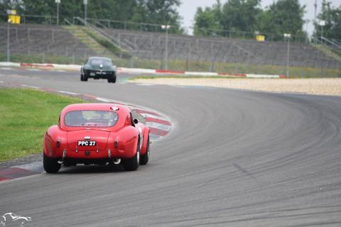 AVD AC Cobra VS Jaguar E-Type