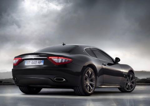 Maserati-GranTurismo_S_2009_800x600
