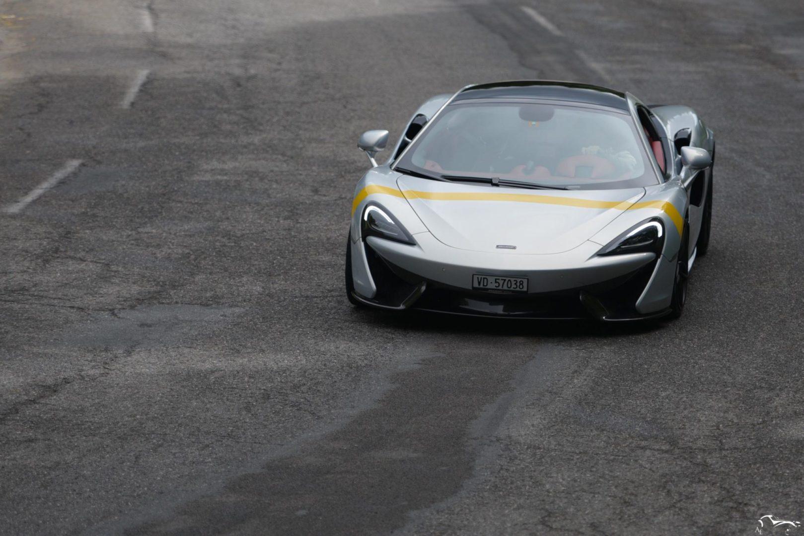 McLaren 520