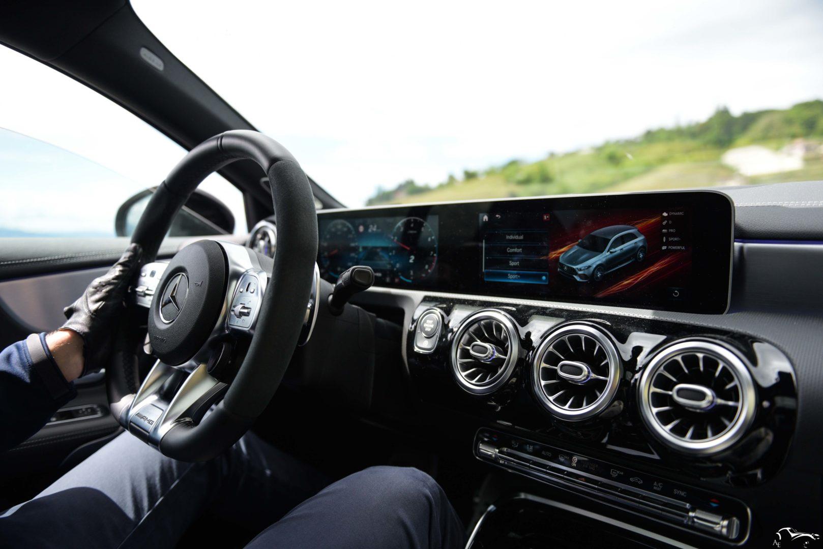 Mercedes-Benz AMG A45S W177 Interior